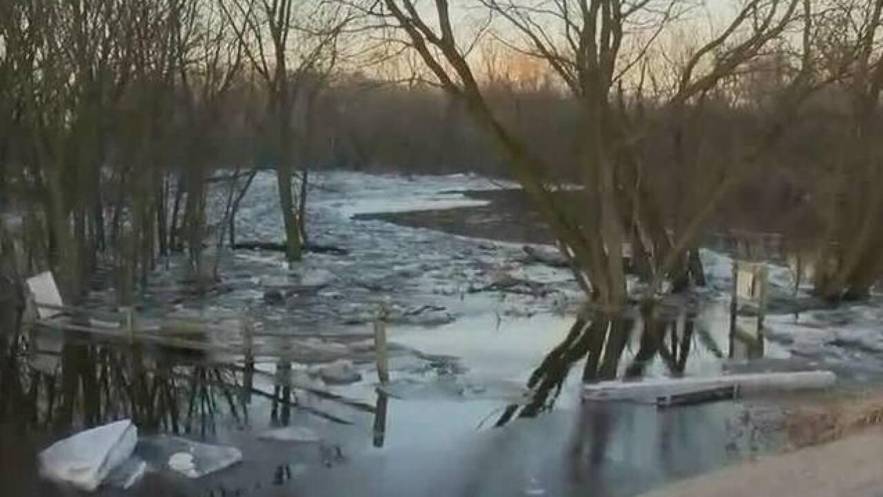 Ice jams causing flooding concerns in Ozaukee Co