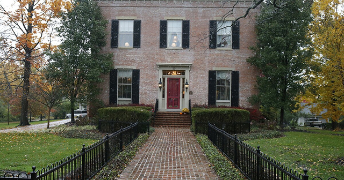 Glendale Ohio Christmas House Tour 2020 Home Tour: McLean Johnston house, built in 1855, is all decked out