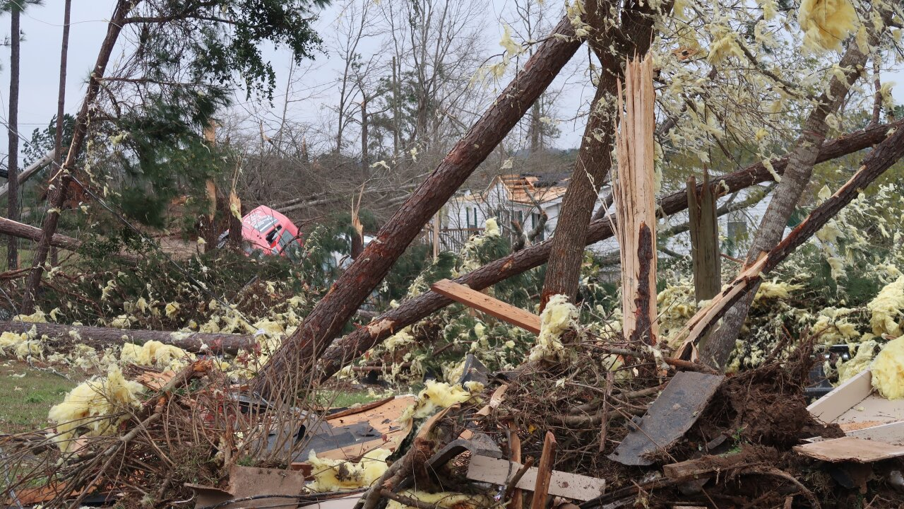 NWS says deadly Alabama tornado was EF-4 with 170 mph winds