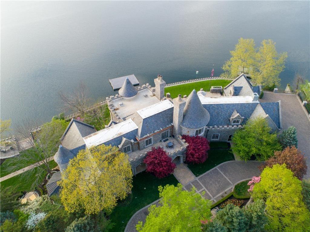 weatherby lake mansion 1