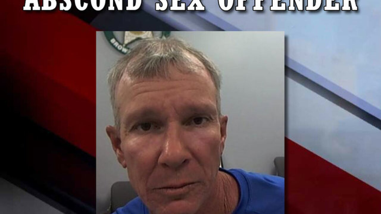 Highlands deputies searching for absconded sex offender