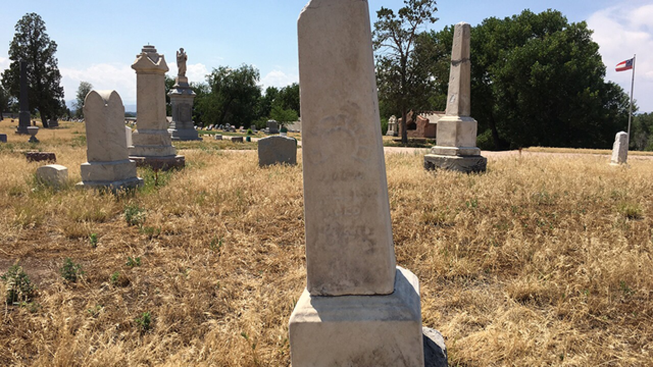 RTD wants Riverside Cemetery entrance closed