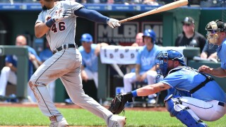 Tigers plate seven runs in third, go on to beat Royals