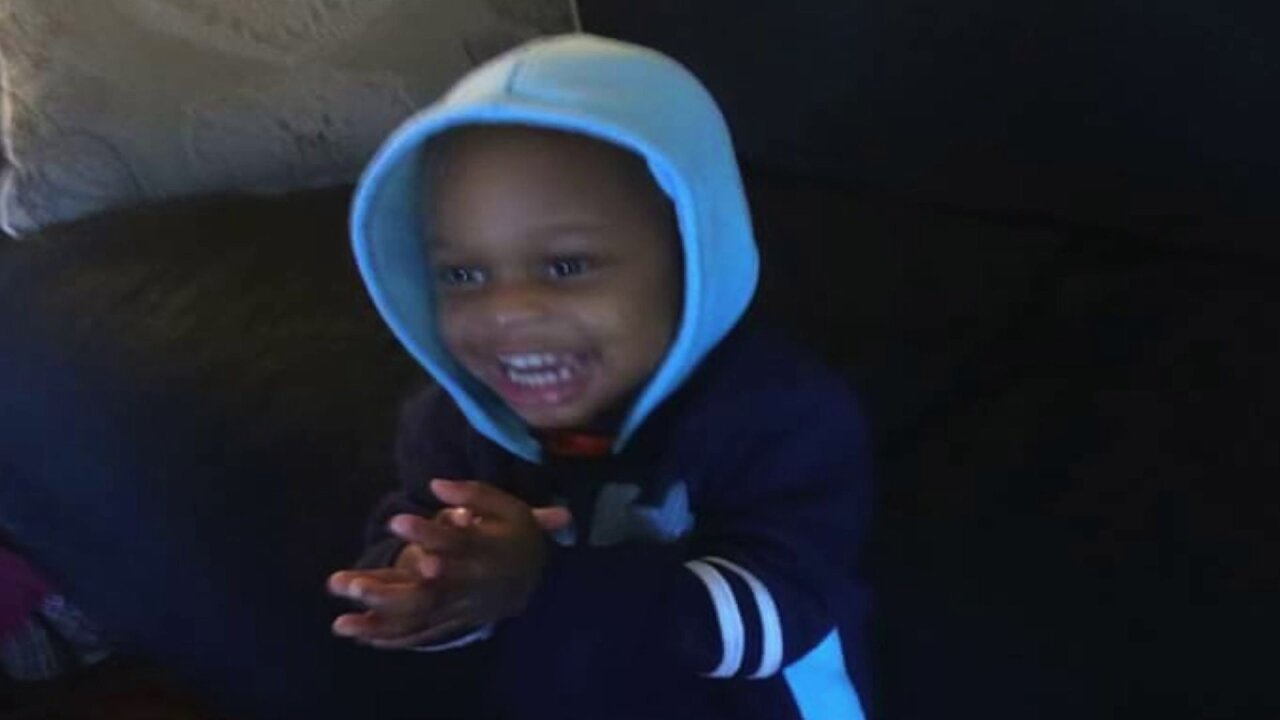 2-year-old boy dies after taking pills at grandmother's house, policesay