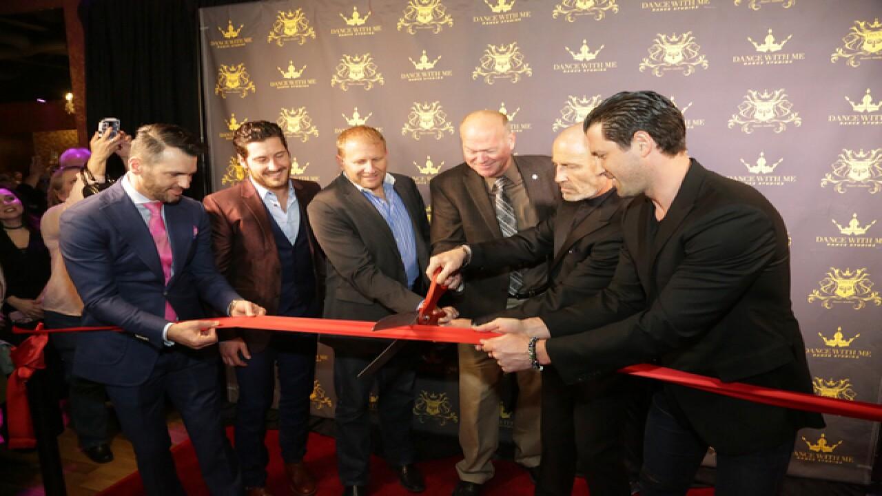 'Dancing with the Stars' pros open dance studio