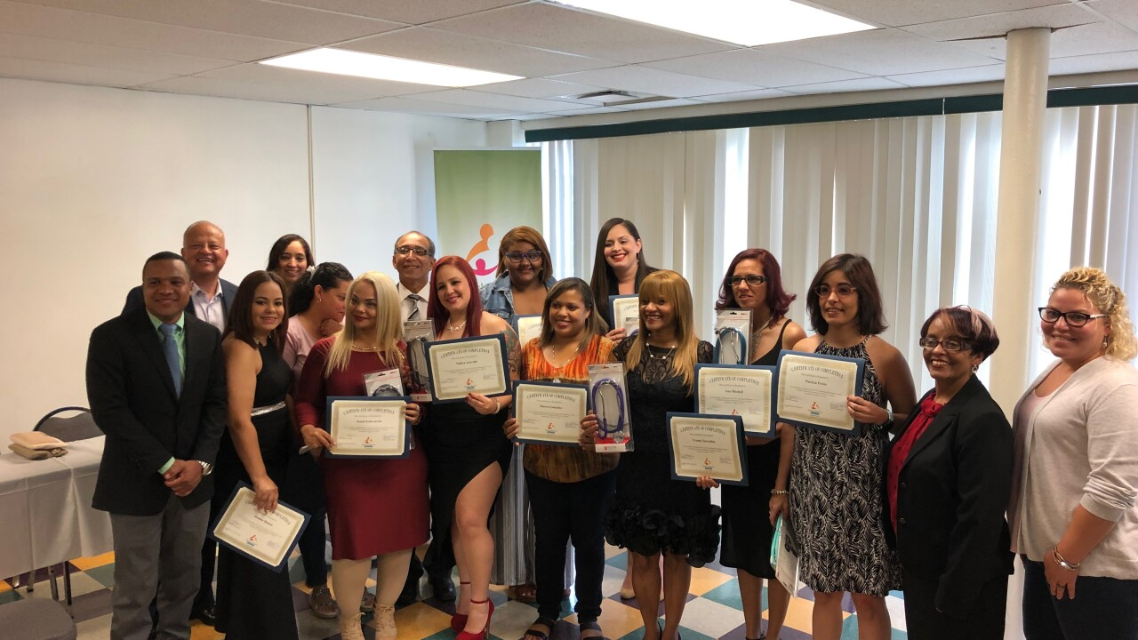 Spanish American Committee nurses