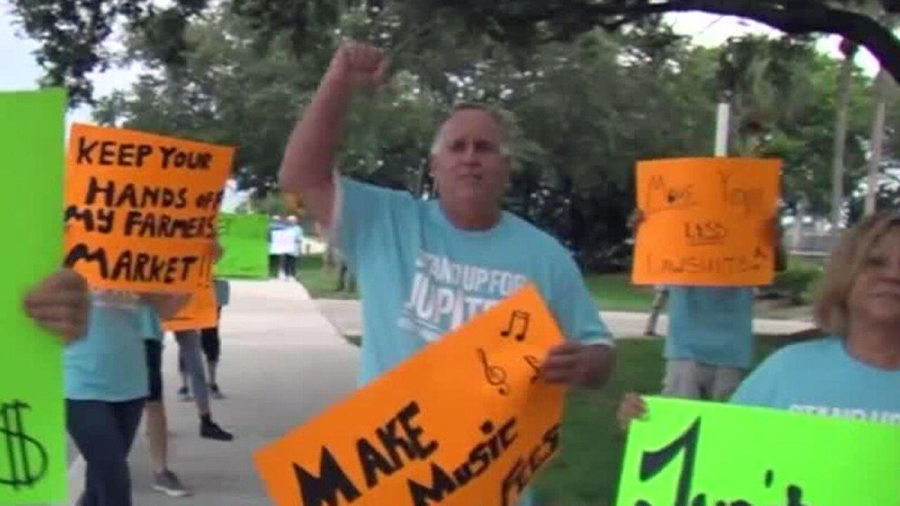 wptv-jupiter-protest.jpg