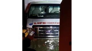 stranded ambulance kent county 011719.jpg