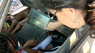 Pinellas-students-pick-up-laptops,-tablets-for-online-learning.png