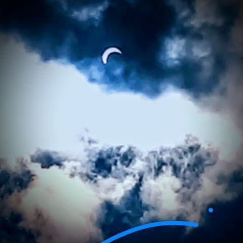 Solar eclipse photos from metro Detroit