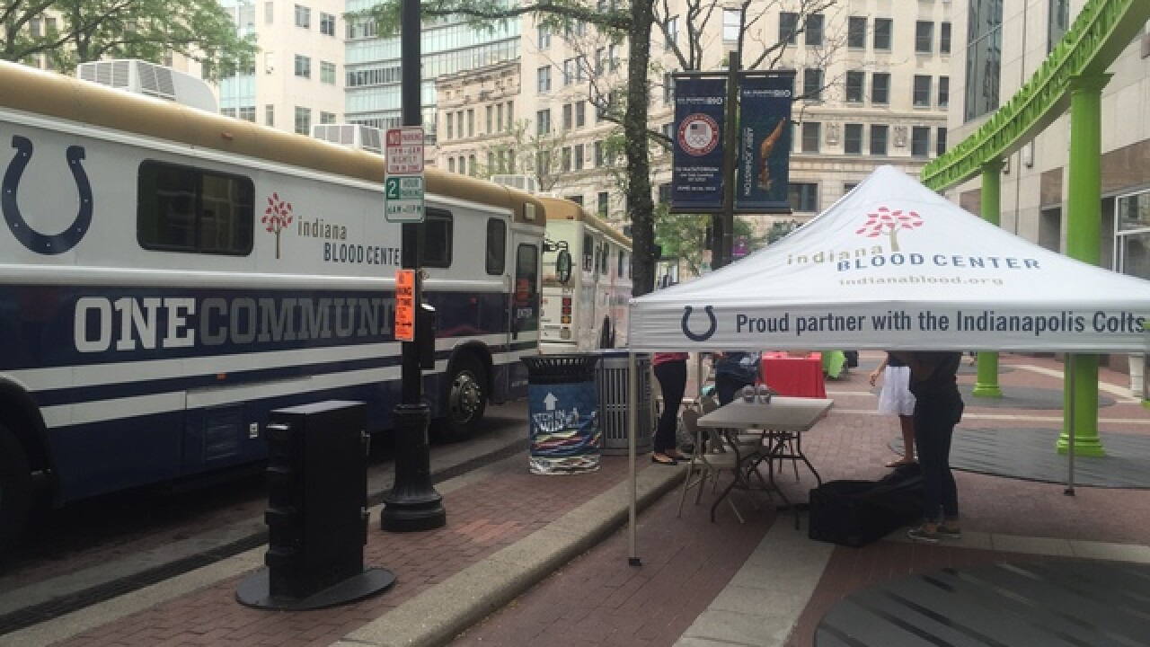 PHOTOS: Blood mobiles on Monument Circle