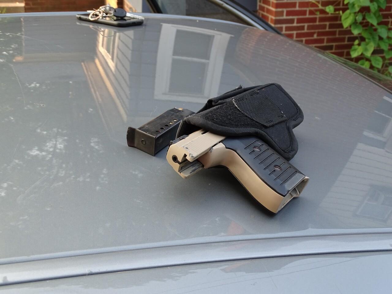 Handgun SWET Niles Arrest.jpg