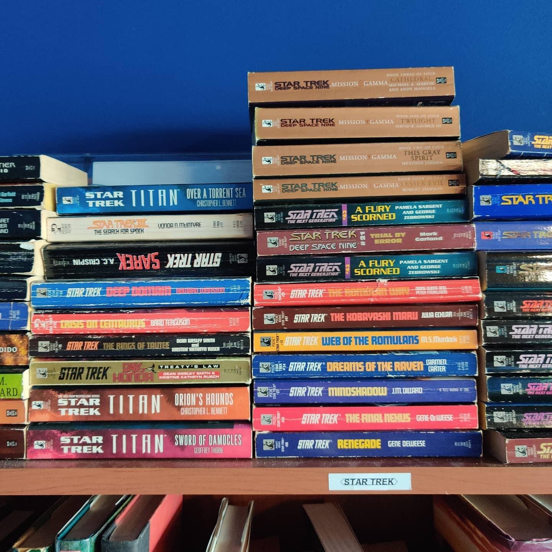 caprichosbooks2.jpg