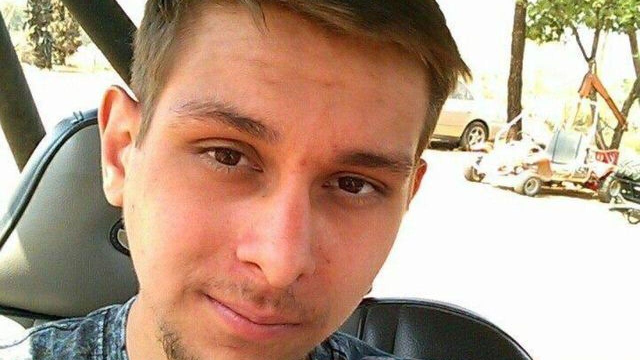 Searchers go door-to-door for missing man