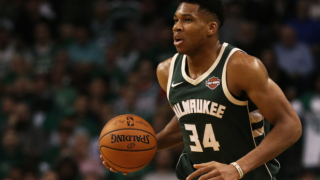 Bucks' Giannis Antetokounmpo sitting out from Monday's game