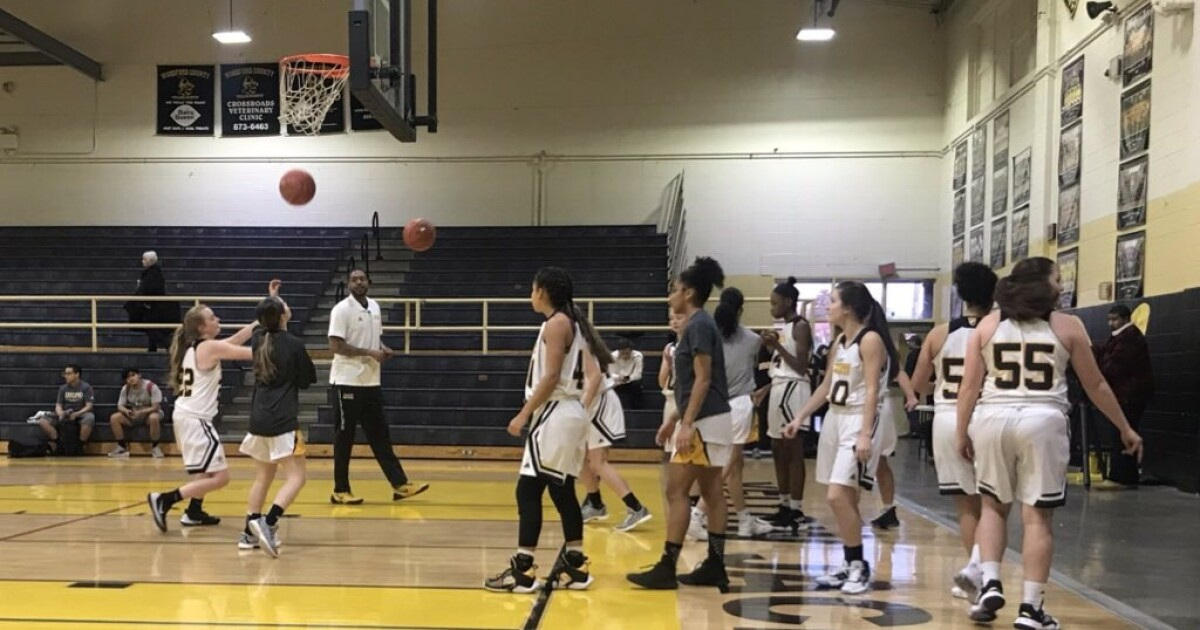 Woodford Co. coach shares story of playing against Kobe Bryant