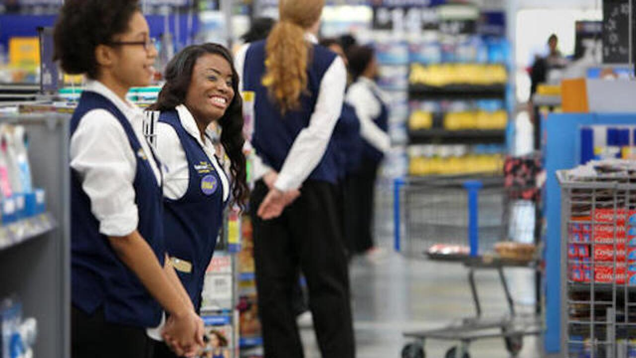 Wal-Mart challenges Amazon with 2-day delivery