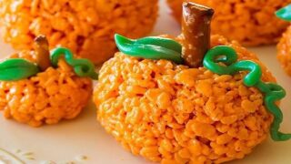 Pumpkin-Shaped Rice Krispies Treats Are Almost Too Cute To Eat