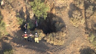 KNXV New River Mine Shaft Rescue 2 5-22-20.jpg