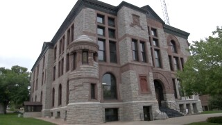 Lewis & Clark County approves contract for armed security at county courthouse