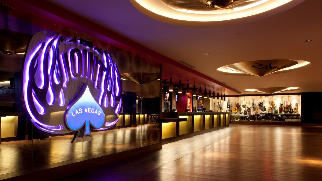 The Joint_Lower Bar_Photo Credit Erik Kabik.jpg