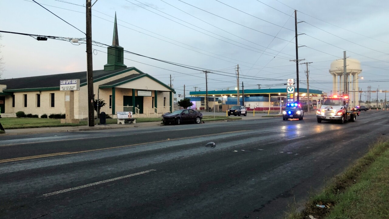 Ayers and Gollihar Road crash