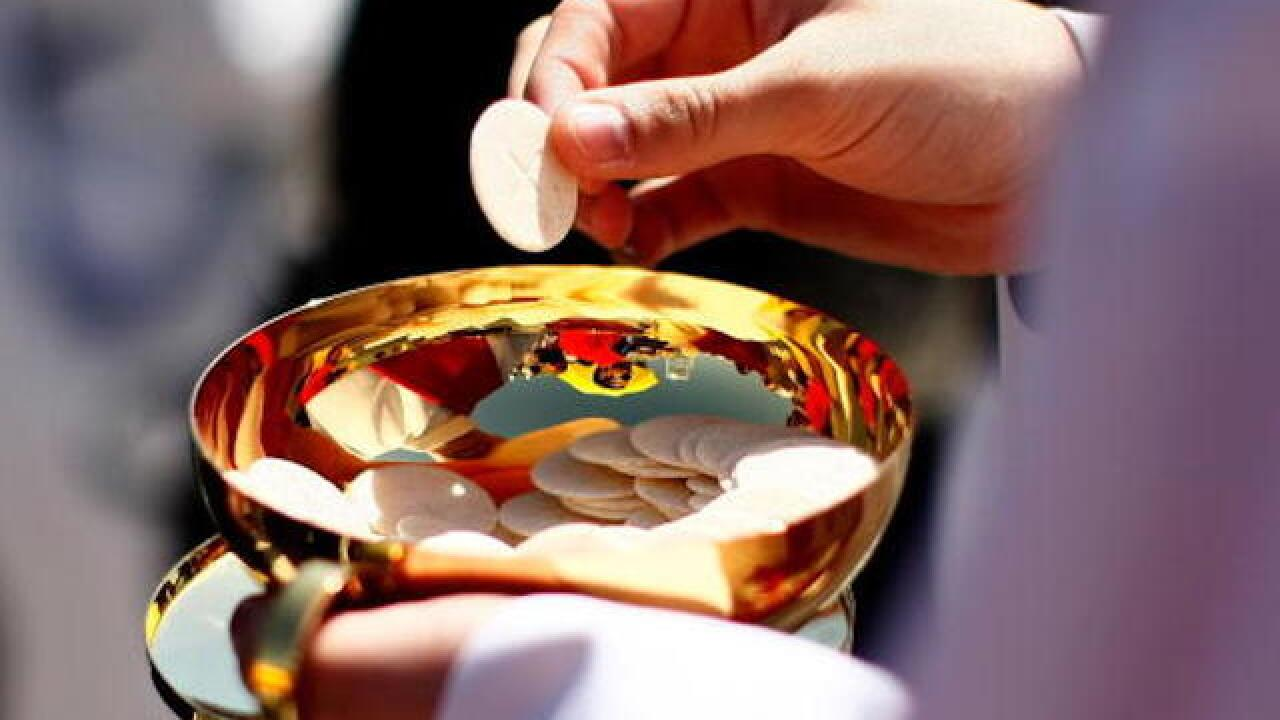 Churches in Charleston, South Carolina offering gluten-free Communion wafers