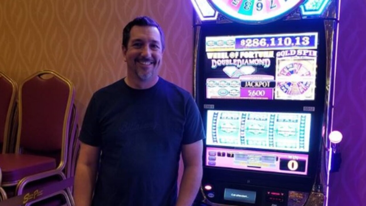 South Point guest wins over $280K playing slots