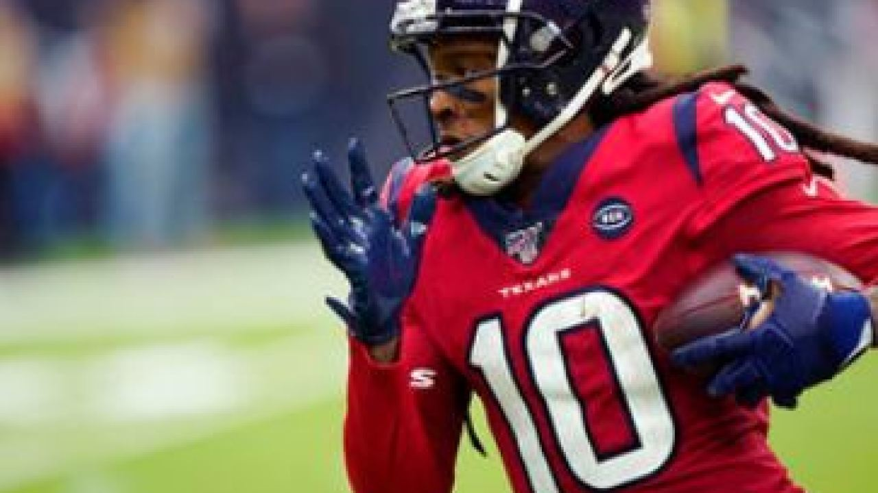 The Cardinals have agreed to a two-year contract extension with star receiver DeAndre Hopkins that will keep the three-time All-Pro in Arizona through the 2024 season. Photo/AP.