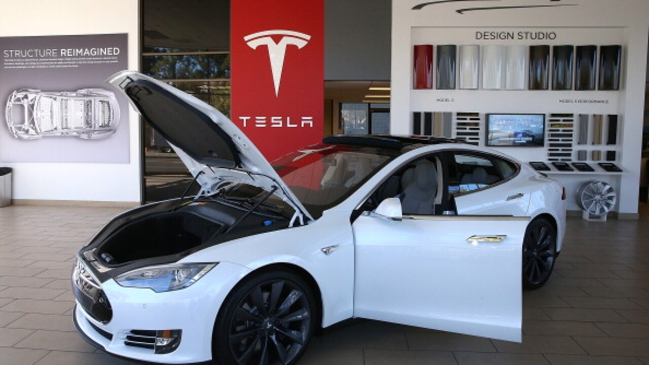 Tesla phases out unlimited free charging