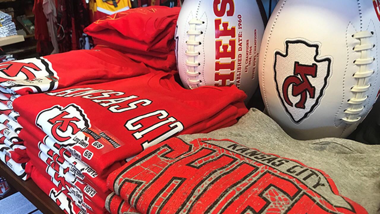 Mahomes' jersey ranks as top seller this season