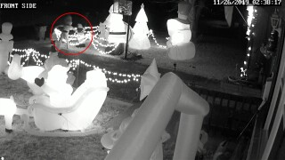 Caught on camera: Suspects vandalize Missouri family's Christmas display