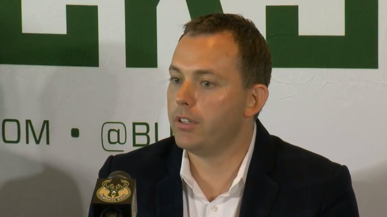 Bucks sign GM Horst to multiyear contract extension
