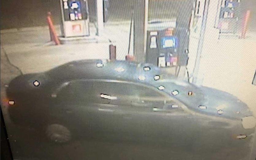 robbery suspect last seen driving black volkswagen during theft