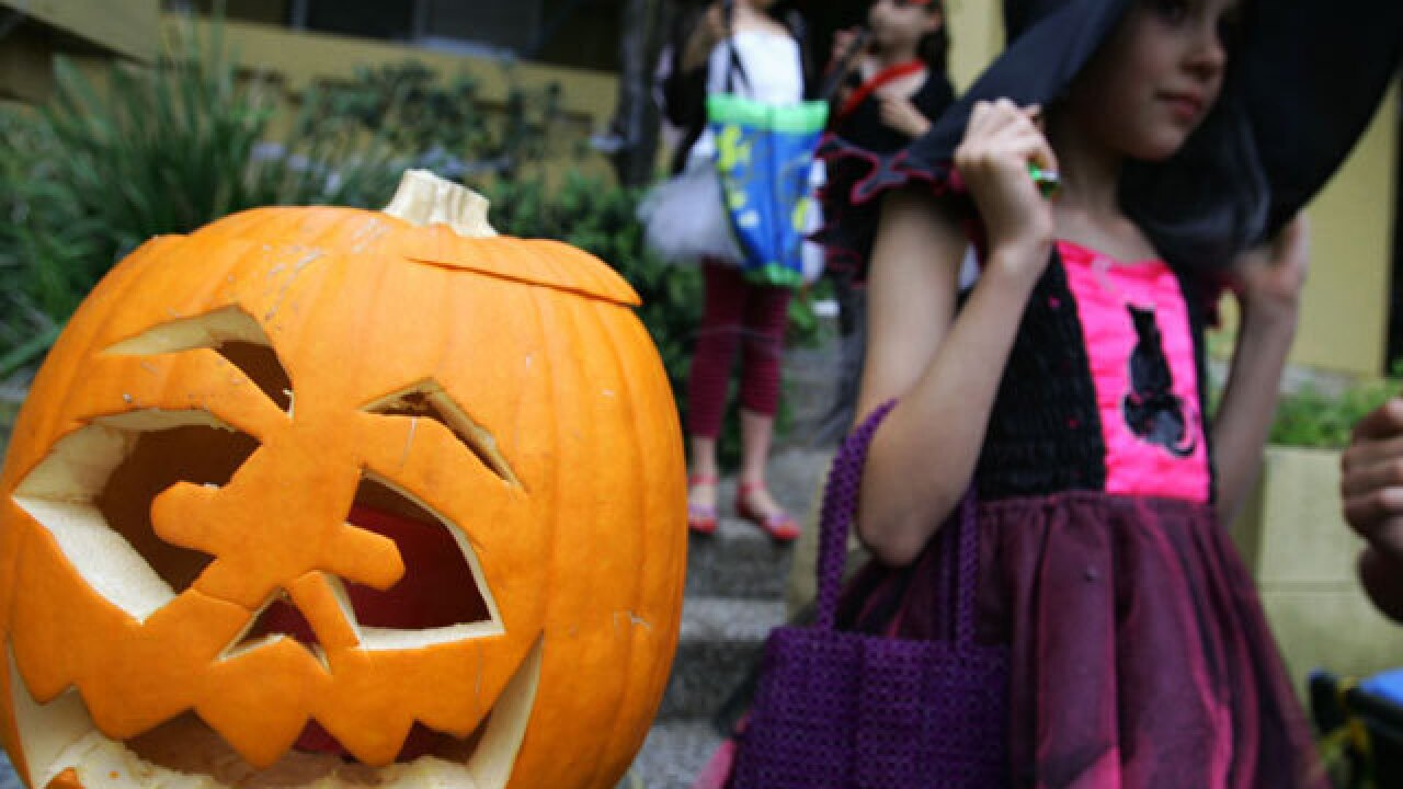 Halloween trick-or-treating at San Diego malls, shopping centers