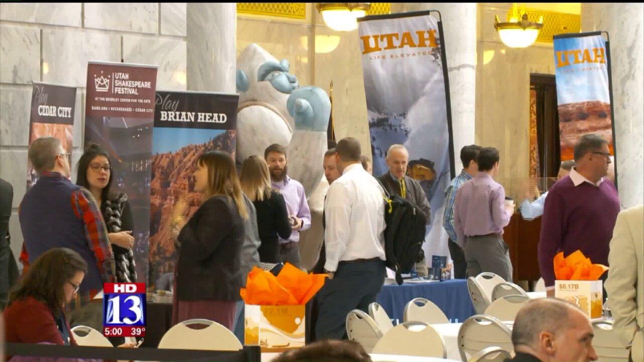 Utah's governor to meet with outdoor leaders to talk Bears Ears, Outdoor Retailershow