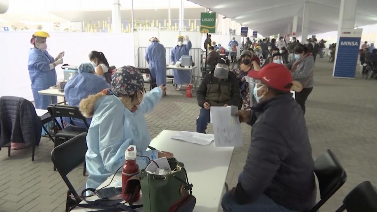 COVID vaccinations in Peru