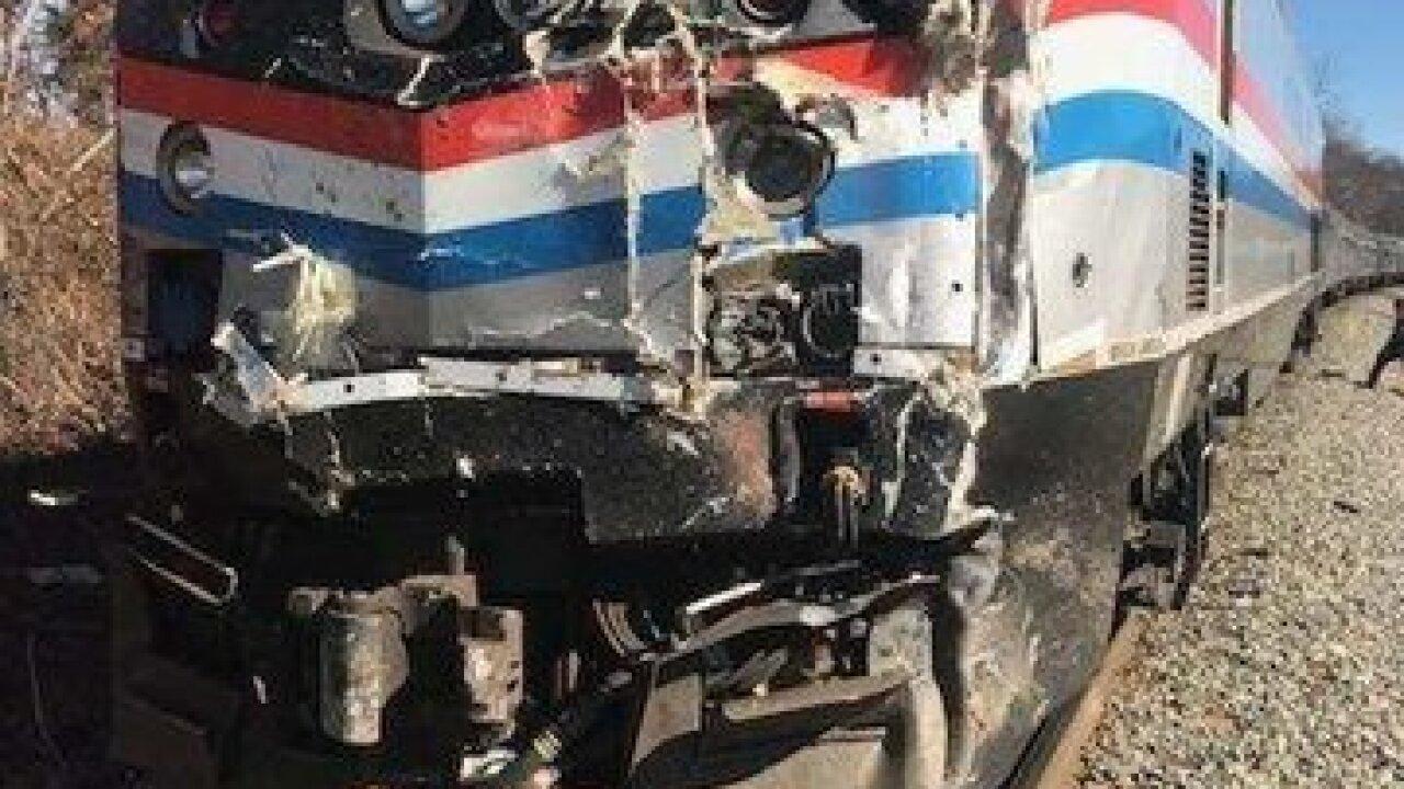 Train carrying members of Congress hits a truck