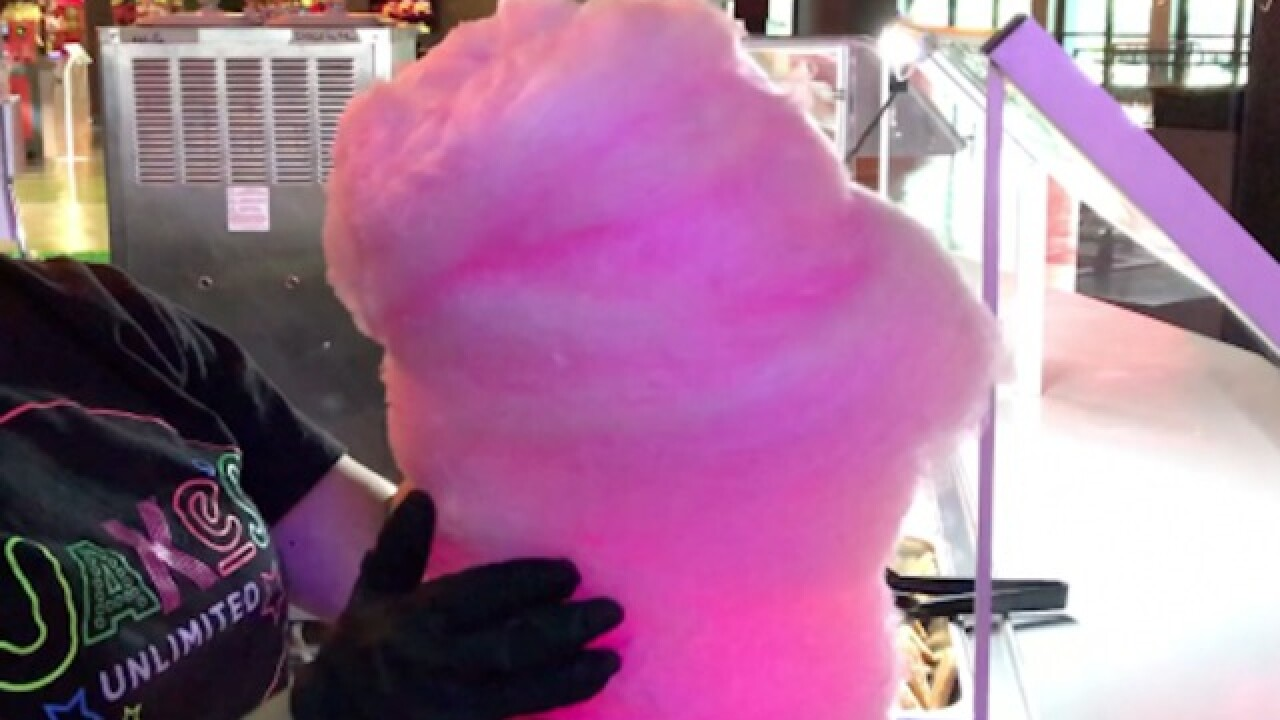 COTTON CANDY TOWER! Glowing at Jake's Unlimited