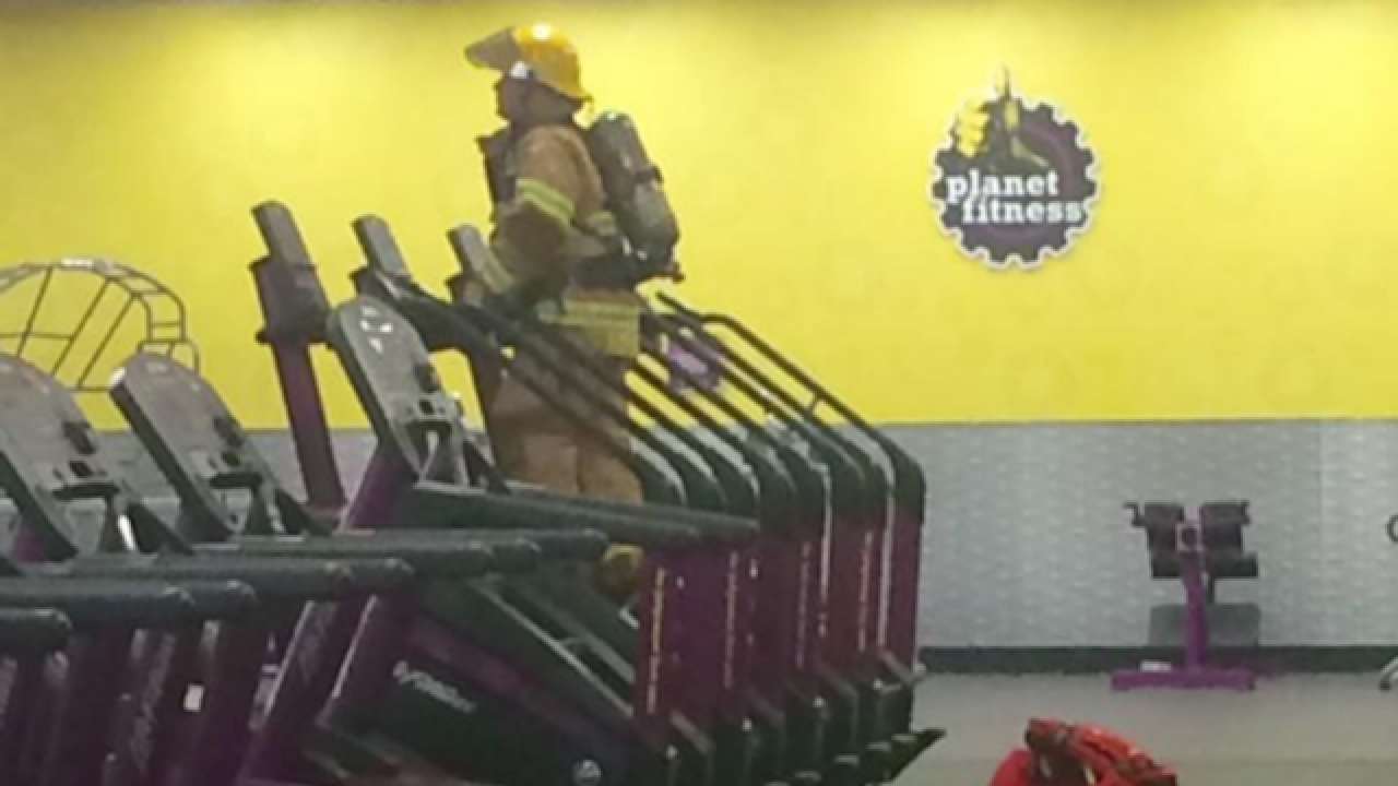 Firefighter finds unique way to honor 9/11 first responders