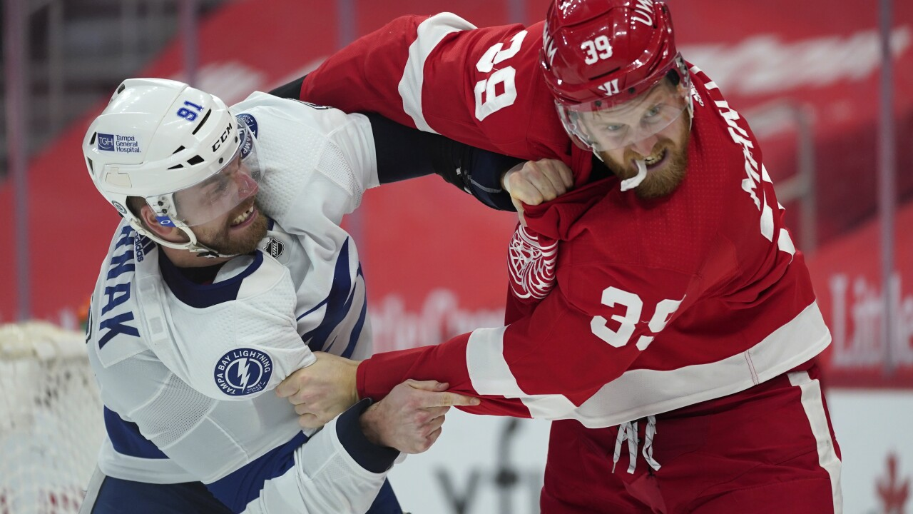 Anthony Mantha fight Red Wings