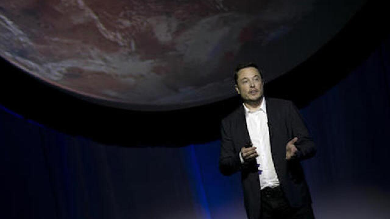 SpaceX's Elon Musk elaborates on plan to colonize Mars
