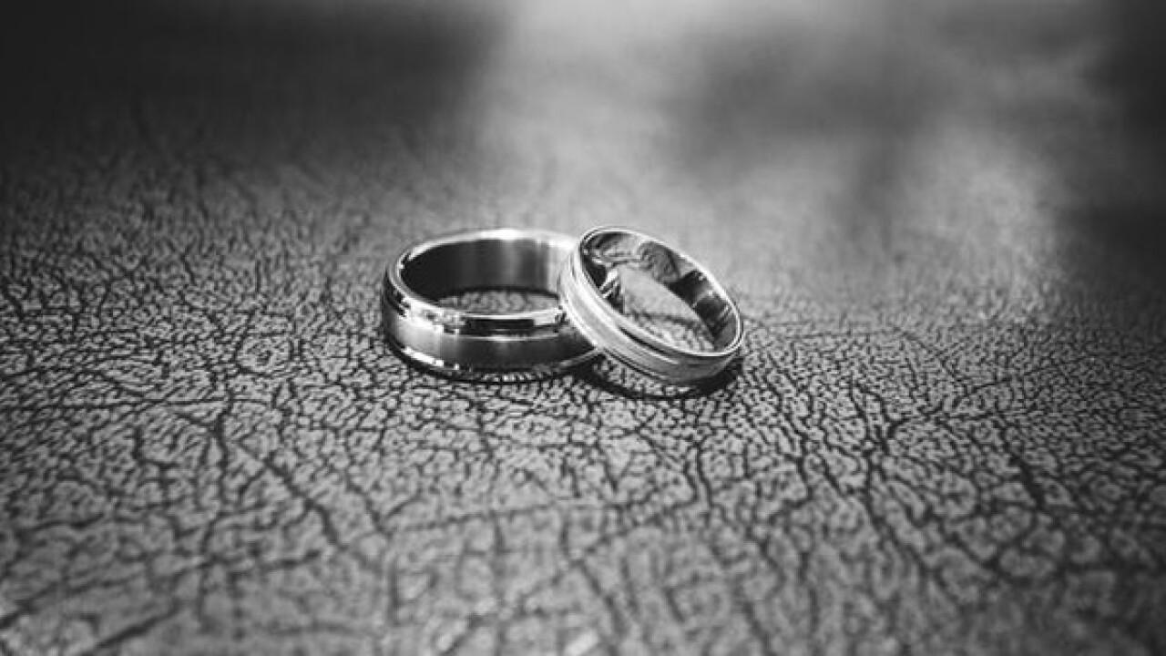 Widowers who met, fell in love at bingo marry