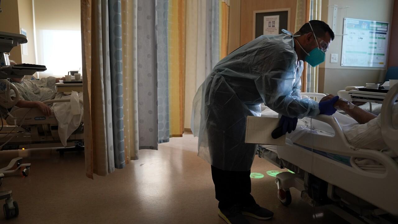 California Hospital workers