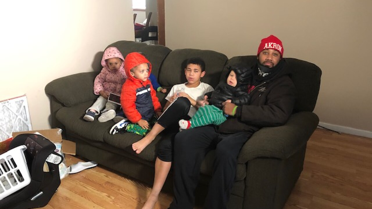 Ohio fire department adopts family with 6 kids for Christmas