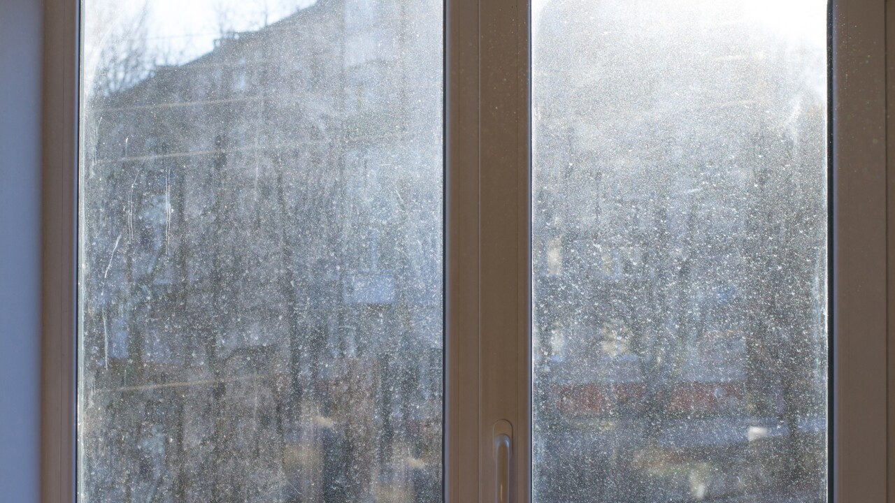 How to clean your windows like a pro