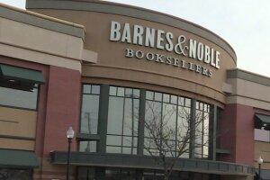 Teen horrified after finding camera in NJ Barnes & Noble bathroom