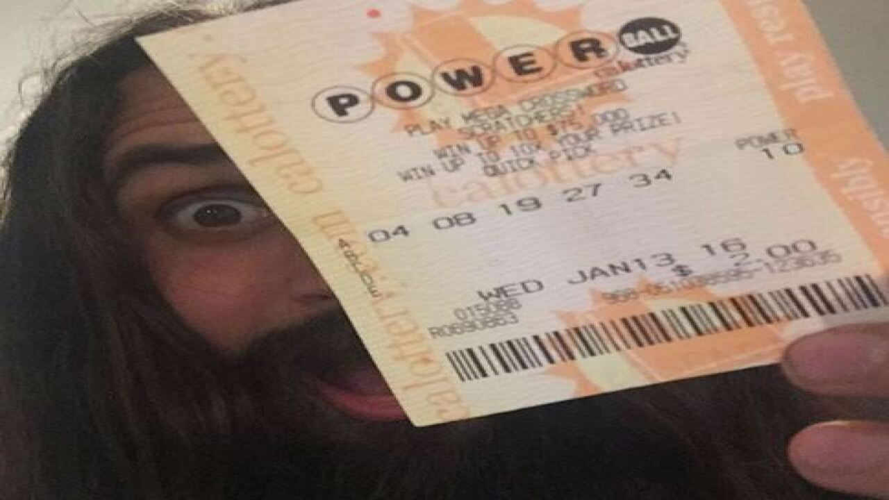 Woman found $470K lotto ticket while doing taxes