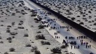 immigrants cross border into Yuma