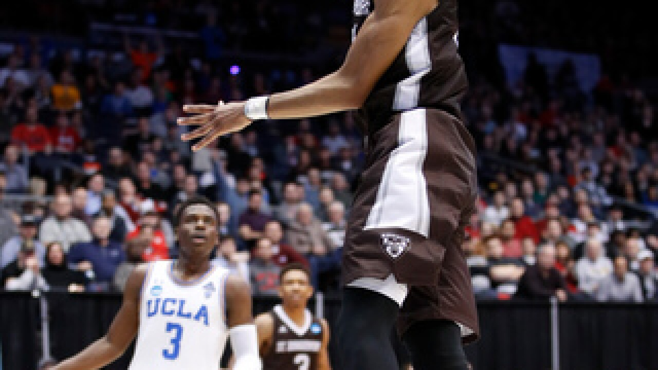 Bonnies take down UCLA 65-58 to advance in NCAA Tournament
